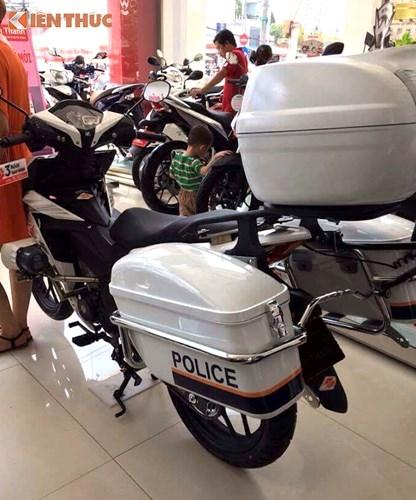 Can canh Honda Winner 150 Police gia 69 trieu tai Sai Gon-Hinh-5