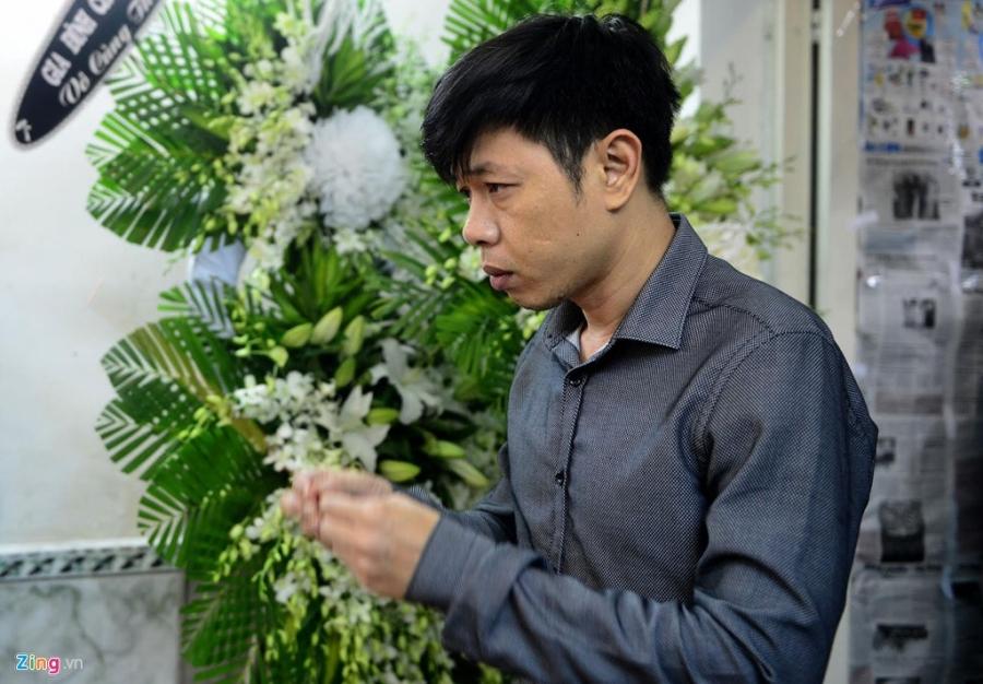'Co gai xau xi' Ngoc Hiep den tien biet Minh Thuan luc khuya hinh anh 3