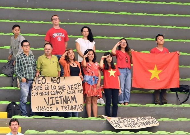 Những người hùng futsal Việt Nam sắp trở về trong sự chào đón của người hâm mộ /// AFP
