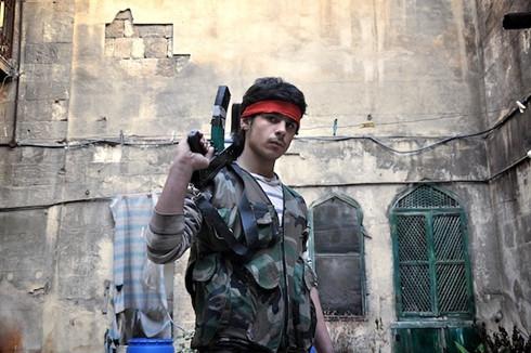 canh sat duc bat thieu nien syria bi nghi dinh den is hinh 0