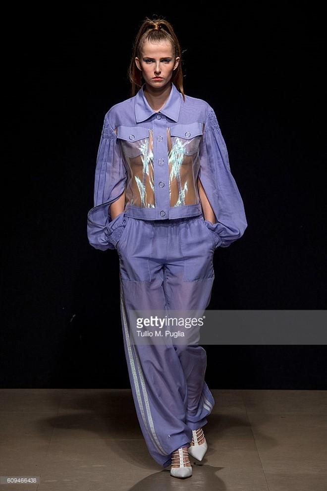 Do Ha dien show mo man Milan Fashion Week hinh anh 8