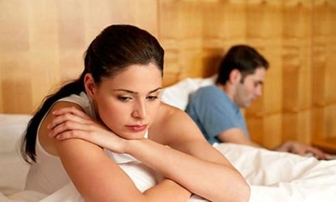 Tôi định đi 'giao lưu' bên ngoài vì chồng yếu sinh lý