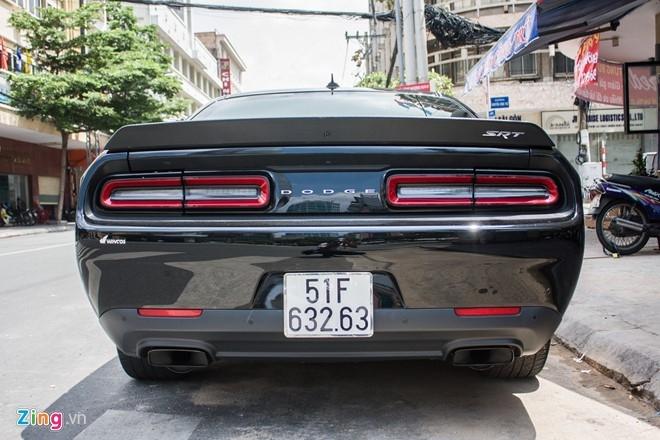 Dodge Challenger SRT-8 Hellcat tai xuat tai Sai Gon hinh anh 2