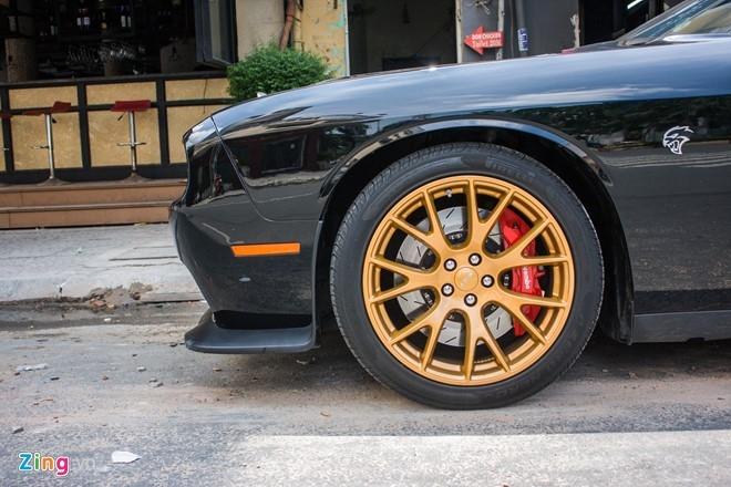 Dodge Challenger SRT-8 Hellcat tai xuat tai Sai Gon hinh anh 13