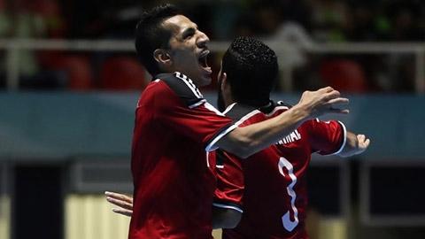 Hạ Italia, Ai Cập gặp Argentina ở tứ kết Futsal World Cup
