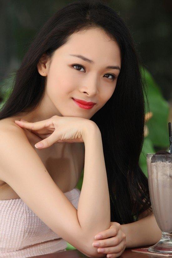 chân dài, đại gia, Trương Hồ Phương Nga, Mỹ Xuân, Bùi Nguyễn Thị Trâm