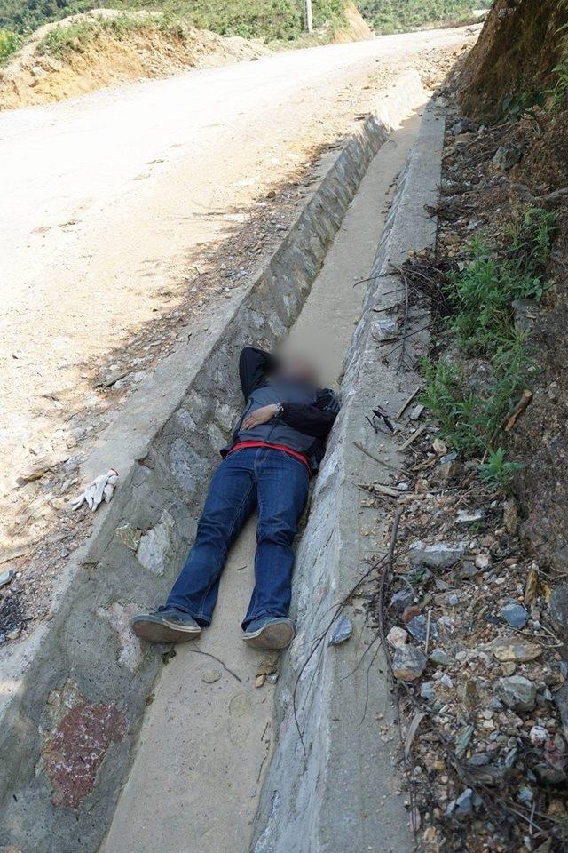 Tranh cãi hình ảnh những phượt thủ nằm ngủ la liệt ở rãnh nước bên đường - Ảnh 7.