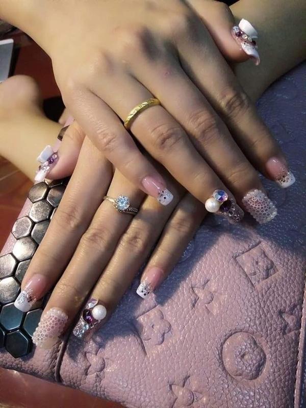 choáng với độ chịu chi làm nails của chị em