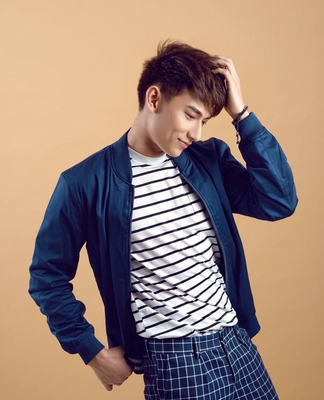 Dam Vinh Hung moi Tuan Hung, Isaac tham gia live show hinh anh 2