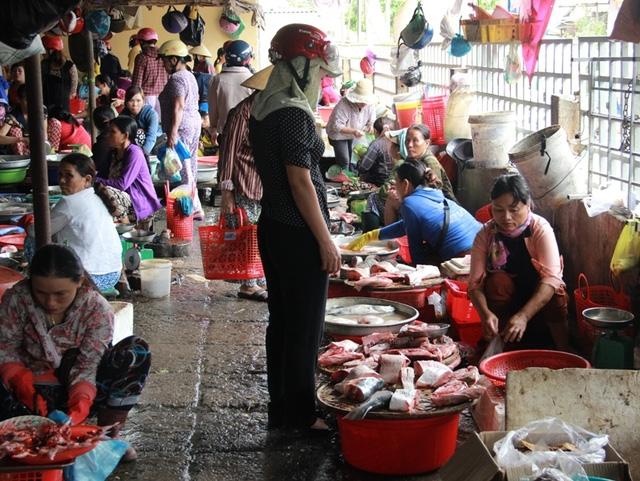 Sức mua của người tiêu dùng đối với cá biển vẫn hạn chế