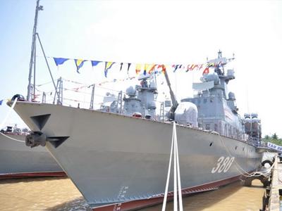 """Tàu tên lửa Molniya Việt Nam có mang được """"sát thủ"""" Yakhont?"""