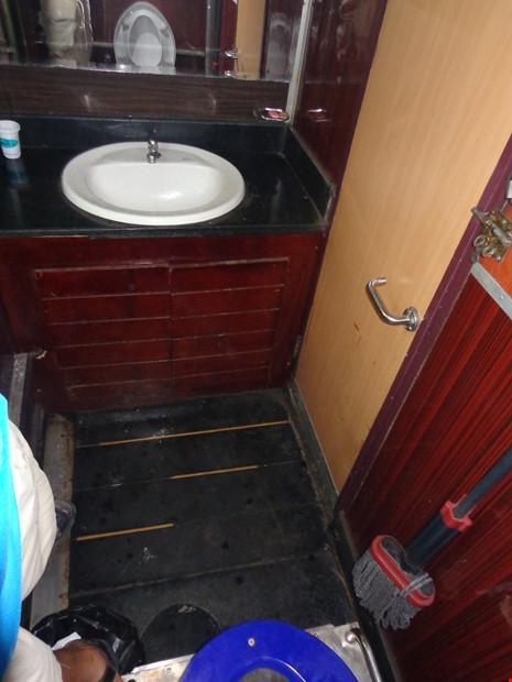Chùm ảnh: Đường sắt đổi mới bắt đầu từ... cái toilet - 9