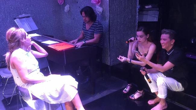Đàm Vĩnh Hưng, Hồ Ngọc Hà vẫn hát sung trong buổi tập nhạc lúc 2h sáng - Ảnh 4.