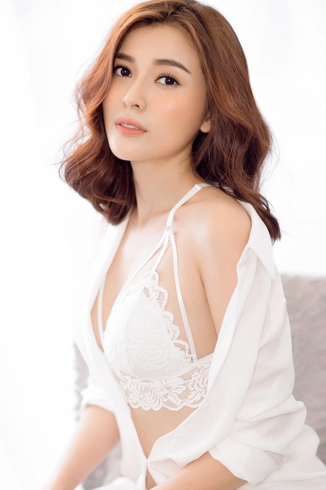 Thời gian qua, Cao Thái Hà hầu như im ắng trong lĩnh vực phim ảnh sau vô số dự án truyền hình lớn đóng máy. Tuy nhiên, những bộ phim người đẹp từng tham gia đang trình chiếu trên sóng truyền hình và gây tiêng vang lớn.