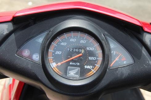 honda-click-doi-2008-xe-cu-giu-gia-18-trieu-dong-page-2-4