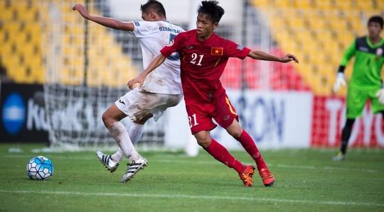Hữu Thắng chỉ được vào sân ở hiệp 2 do trước trận tứ kết anh bị Tào Tháo rượt