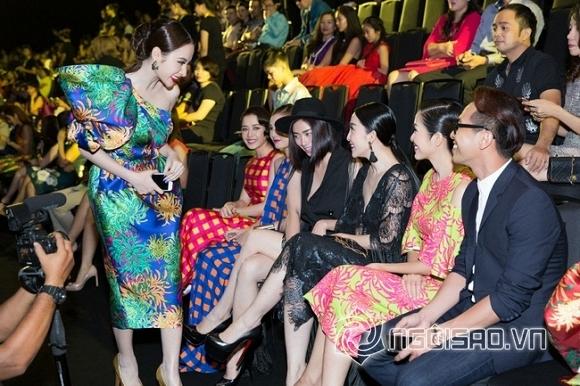 Văn hóa cúi chào của sao Việt - kẻ bị chế giả tạo, người được khen chân thành 1