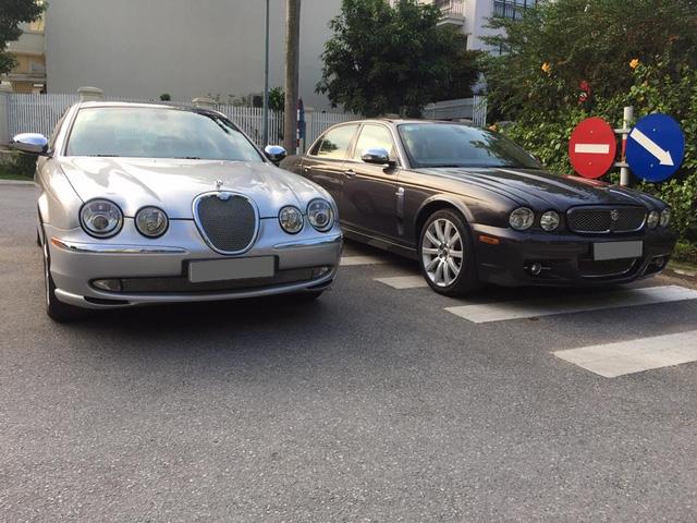 Ngoài 3 chiếc S-Type, còn xuất hiện một chiếc Jaguar XJ cũng thuộc diện hàng hiếm tại Việt Nam.