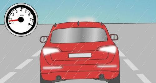 Những nguyên tắc lái ôtô an toàn trong mưa bão - 3