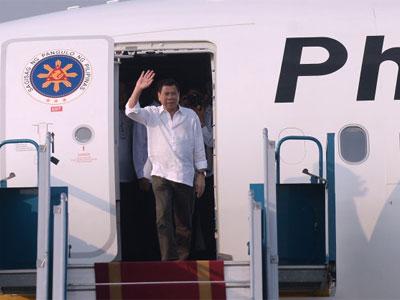 Tổng thống Philippines Rodrigo Duterte đến Hà Nội