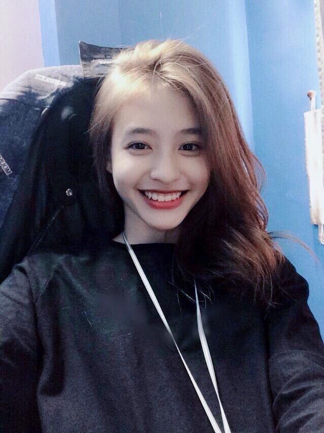 9X lai Phap duoc coi nhu ban sao hot girl Kha Ngan hinh anh 5
