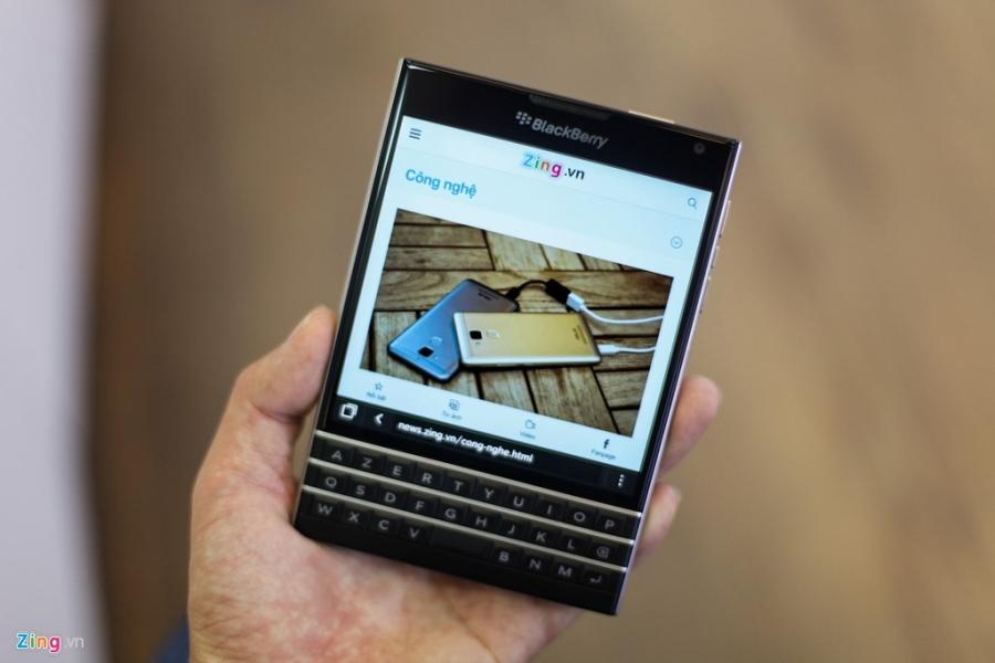 Dap hop BlackBerry Passport gia 5,8 trieu vua ve VN hinh anh 5