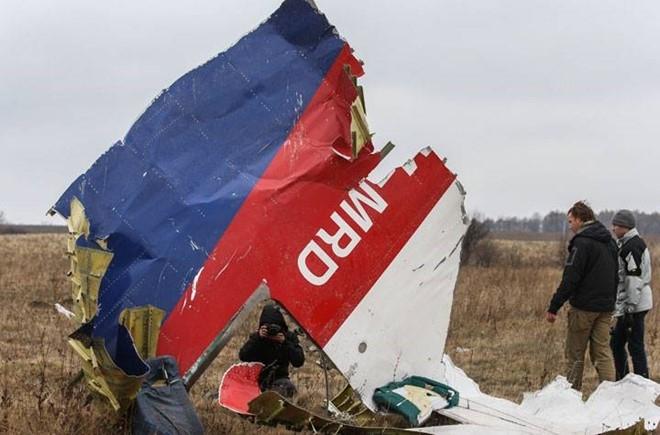 Dieu tra vien quoc te: MH17 bi ten lua Nga ban roi hinh anh 2
