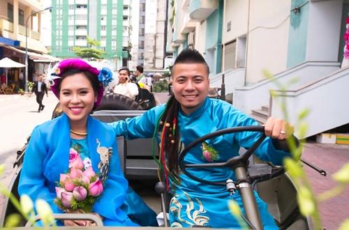 em-gai-huynh-phuc-dien-duoc-chu-re-ruoc-bang-doan-moto-8