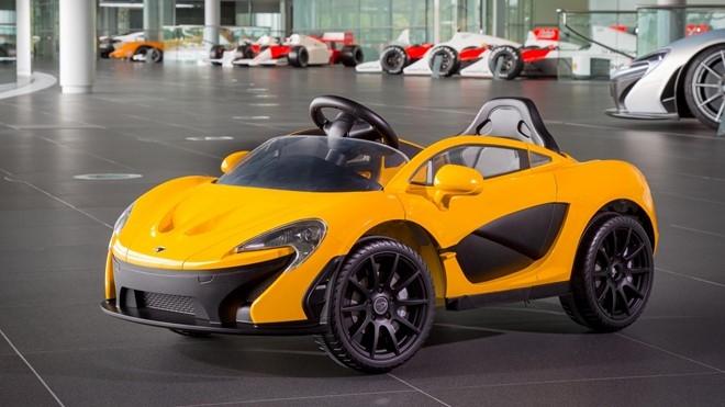 McLaren P1 mui tran chay dien cho tre me sieu xe hinh anh 1