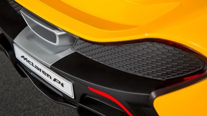 McLaren P1 mui tran chay dien cho tre me sieu xe hinh anh 2