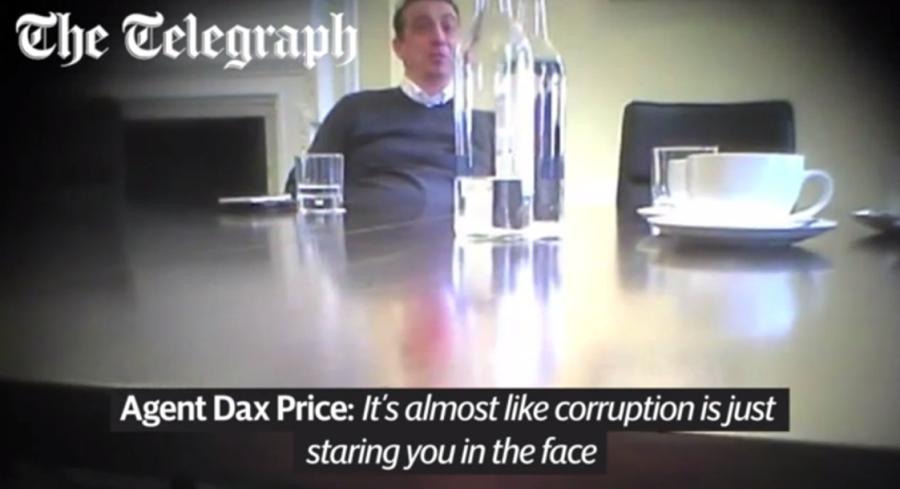 Tay ''cò'' Dax Price.