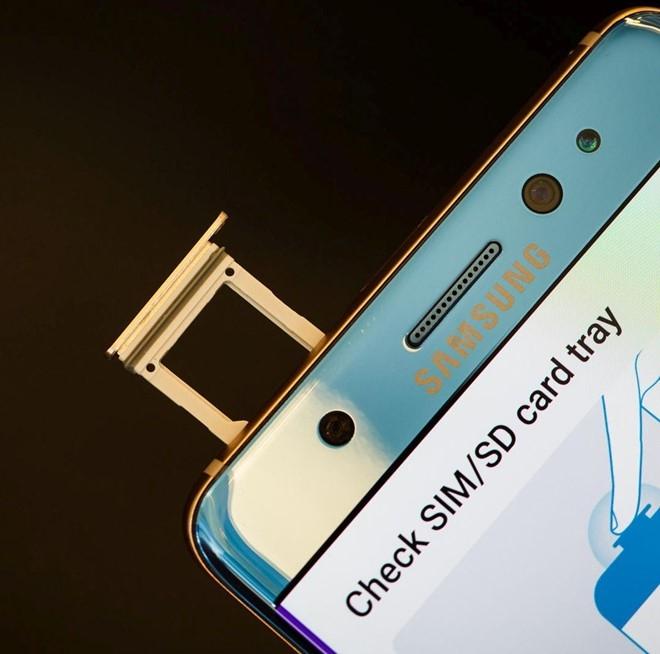 Smartphone chong nuoc hoat dong the nao? hinh anh 5