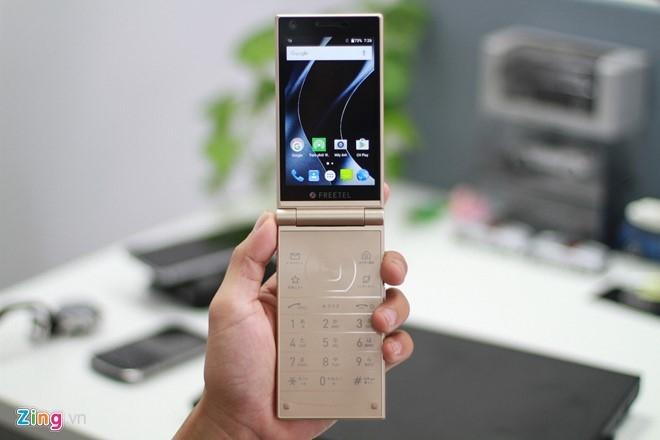 Smartphone Nhat co 2 man hinh, nap gap sap ban tai VN hinh anh 10
