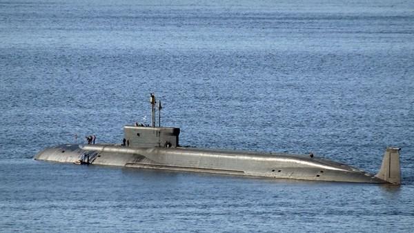 Tàu ngầm hạt nhân Nga phóng thử 2 tên lửa Bulava, thất bại 1 - ảnh 2