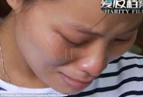Mẹ đau đớn phát hiện con trai sinh ra không có mắt - ảnh 2