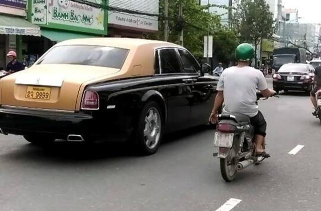 Chiếc Rolls-Royce Phantom Series II của đại gia Lào trong một lần ghế thăm Cần Thơ. Ảnh: Thành Trần.