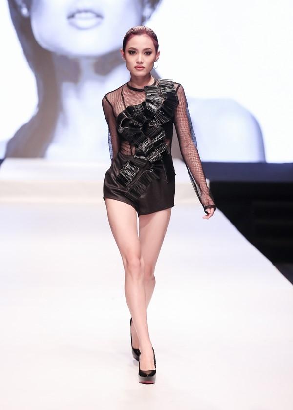 1,55 m hay 1,88 m se dang quang Vietnam's Next Top Model? hinh anh 1