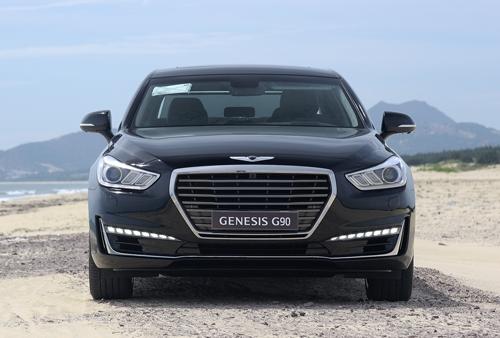 genesis-g90-ban-ra-tai-viet-nam-canh-tranh-mercedes-s-class-3