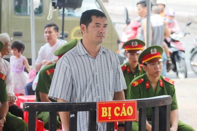 Bị cáo Hưng tại phiên tòa ngày 30.9 /// Ảnh: Nguyễn Long
