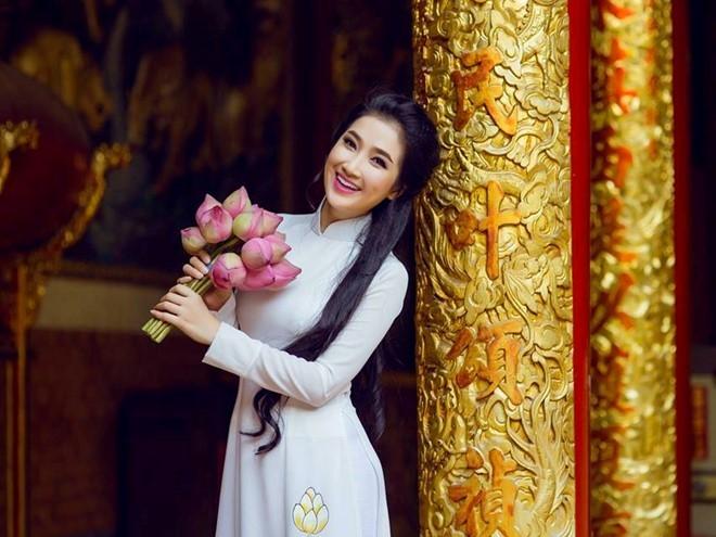 Quynh Lam: 'Ban trai de nghi toi ra khoi nha khi chia tay' hinh anh 1