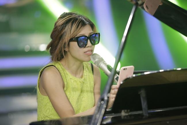 Thu Minh biểu diễn single mới cùng Trang Pháp trong đêm đăng quang Vietnam Idol 2016 - Ảnh 2.
