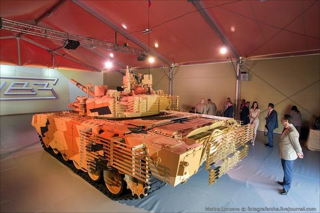 Xuất hiện người em song sinh của xe tăng T-90MS - Ảnh 2.