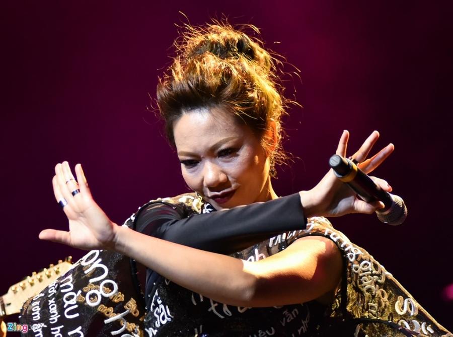 Ha Tran: 'Toi va Tran Tien giong nhau o su ngang tang' hinh anh 5