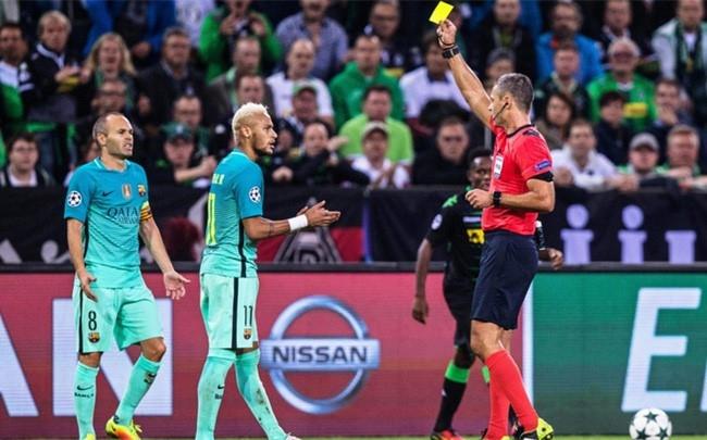 Suarez va Neymar chui trong tai hinh anh 1