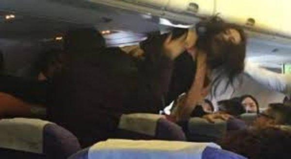 tiếp viên hàng không, giá rẻ, hành lý trên máy bay,