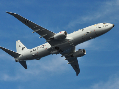 Máy bay trinh sát Mỹ tiếp cận tàu Nga trên biển Địa Trung Hải