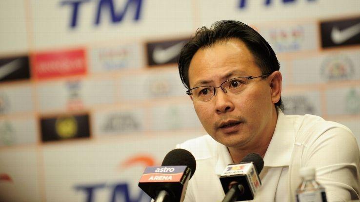HLV Ong Kim Swee đáp trả mạnh mẽ những chỉ trích của ông chủ CLB Johor Darul Ta'zim.