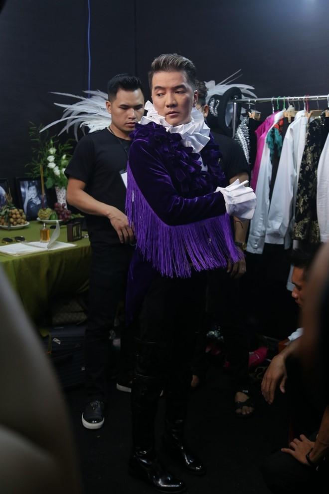 Kho hang hieu ma vang duoc Mr. Dam sam cho live show hinh anh 12