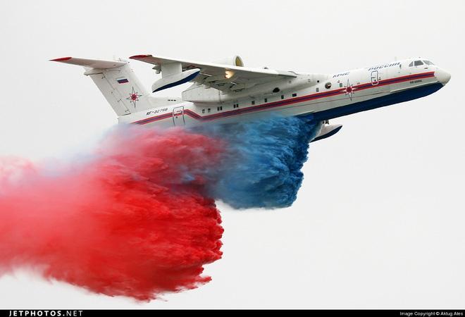 Quốc gia ĐNÁ đầu tiên cùng lúc mua tiêm kích Su-35 và Be-200 - Ảnh 3.