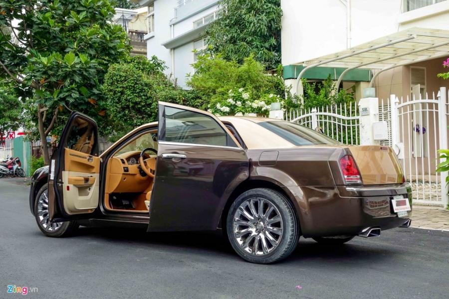 Tho Viet do Chrysler 300C thanh 'Rolls-Royce' het 200 trieu hinh anh 5